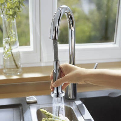 Hansgrohe Talis S2 Single Lever Kitchen Mixer Pull Out